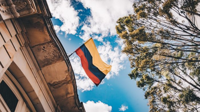 KOLOMBİYA'DAN İSPANYA'YA GELİŞHİKAYEM